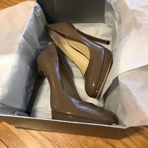 Brian Atwood Taupe Frederique Heels, EUC, 7